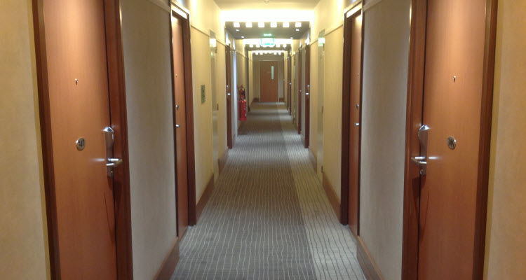 hotel-cleaning-5